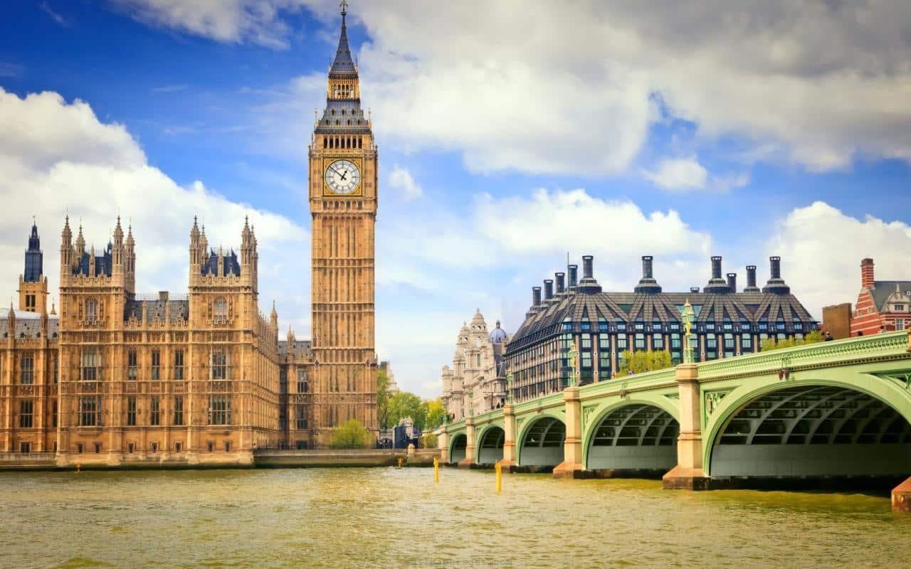 کاخ بیگ بن لندن