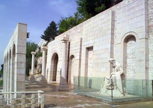 آرامگاه خواجوی کرمانی شیراز