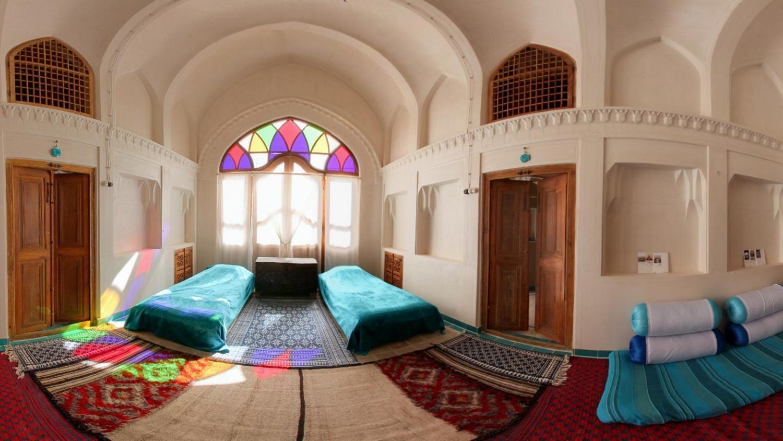 هتل-خانه-ایرانی-کاشان