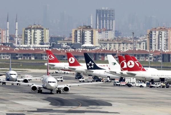 فرودگاه آتاترک استانبول