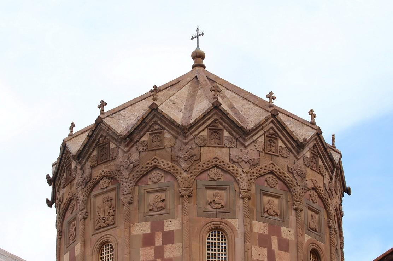 کلیسای سن اسپانوس