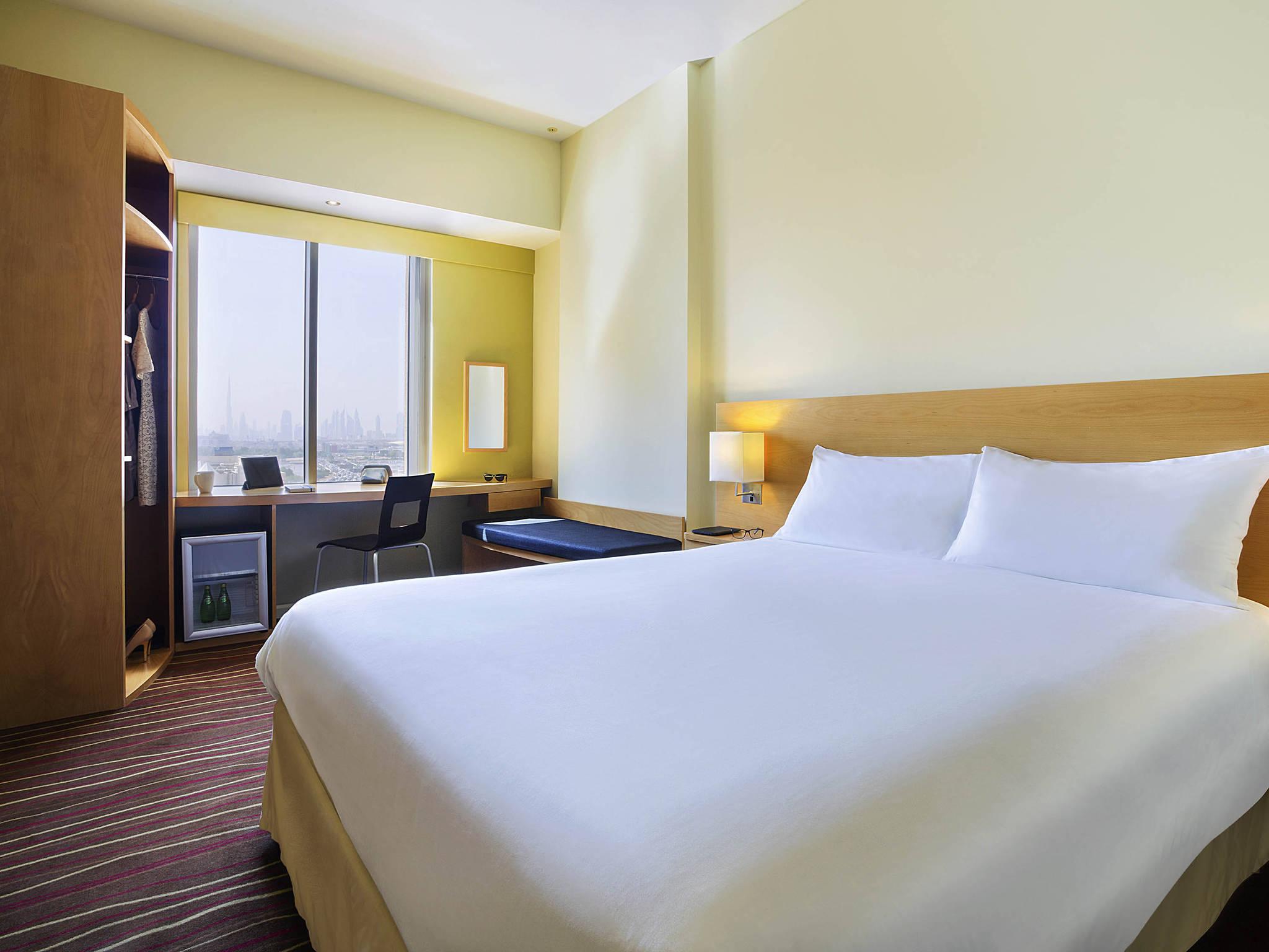 هتل یورک اینترنشنال دبی