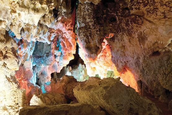 غار رییس نیاسر