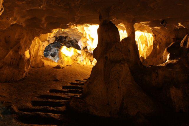 غار موزه کارائین آنتالیا
