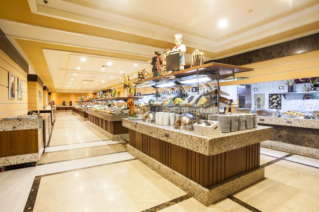 هتل مکس هالیدی آنتالی