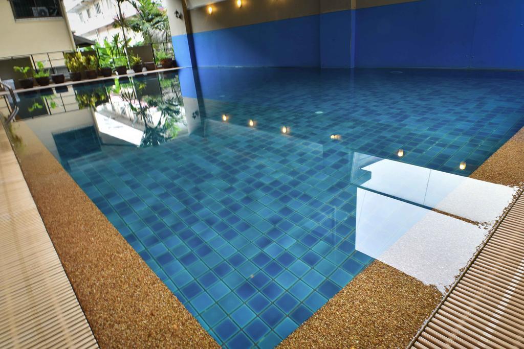 هتل باس سوئیت بانکوک