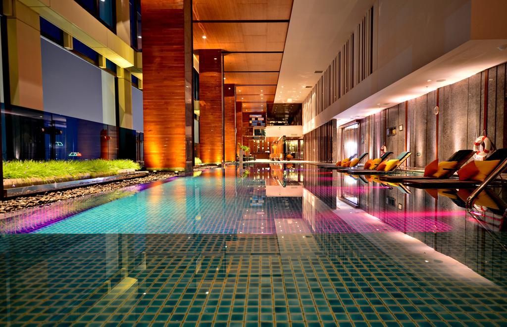 هتل رنسانس بانکوک