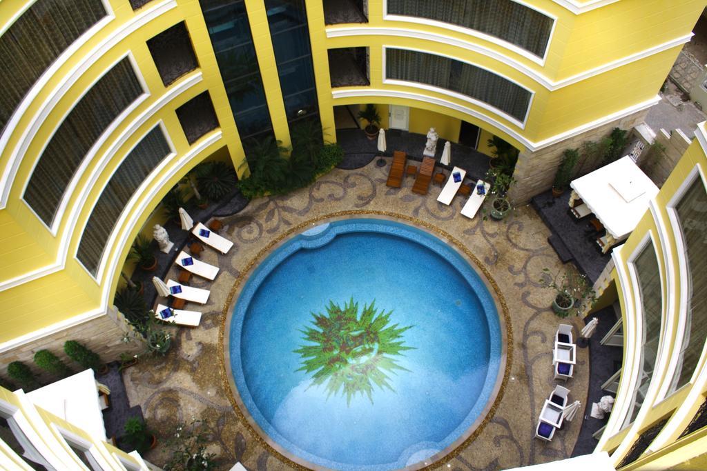 هتل فور سیزن پلاس پاتایا