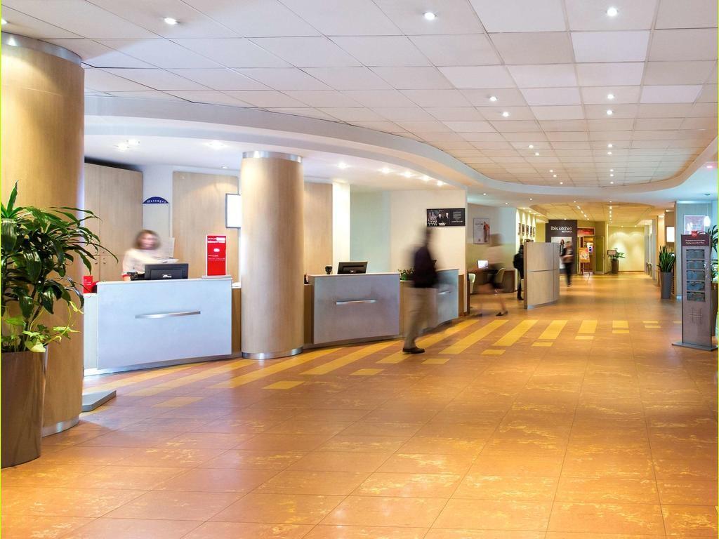 هتل پارک این پولکووسکایا سن پترزبورگ