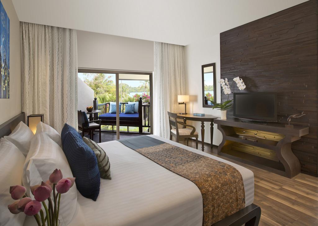 هتل آنانتارا بوفوت کوه ساموئی ریزورت