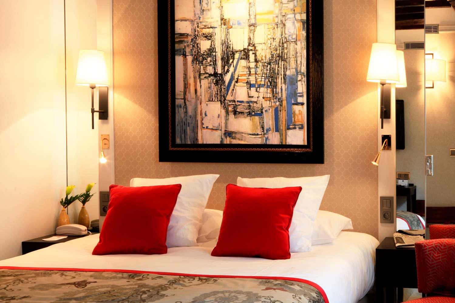 هتل وارویک پاریس