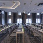 هتل رادیسون بلو اولد میل بلگراد که یکی از منحصربهفردترین هتلهای بلگراد از نظر طراحی داخلی است، در مرکز قدیمی بلگراد قدیم باتور صربستانواقع شده است.