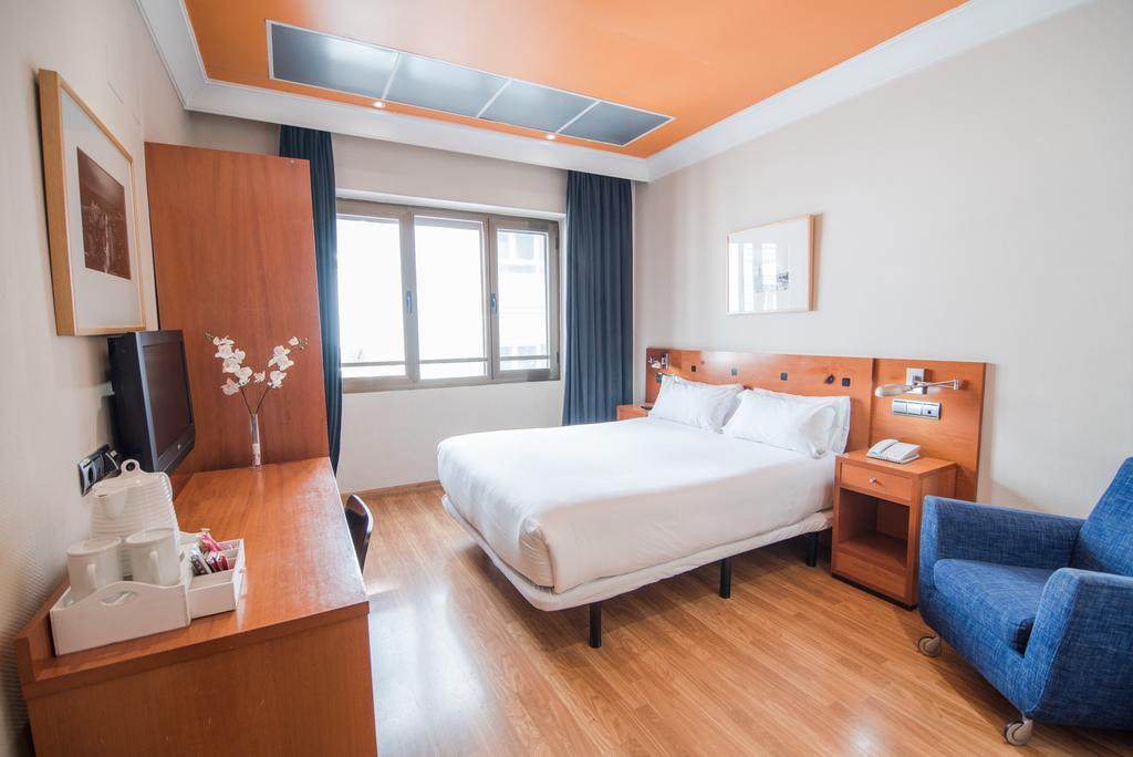 هتل پتیت پالاس کلیپر-گرن ویا مادرید
