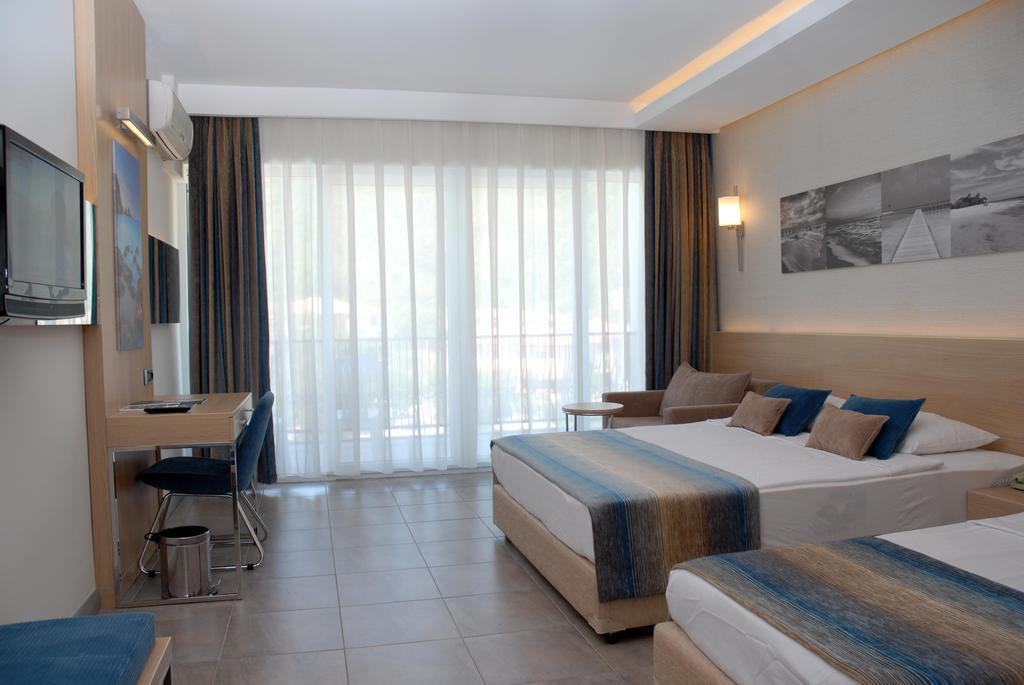 هتل کروانسرای مارماریس