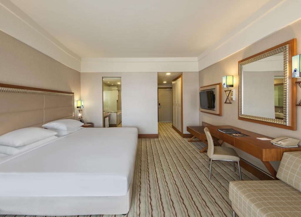هتل هیلتون دالامان ساریگرمه ریزورت مارماریس