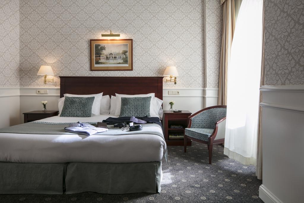 هتل امپرادورن مادرید