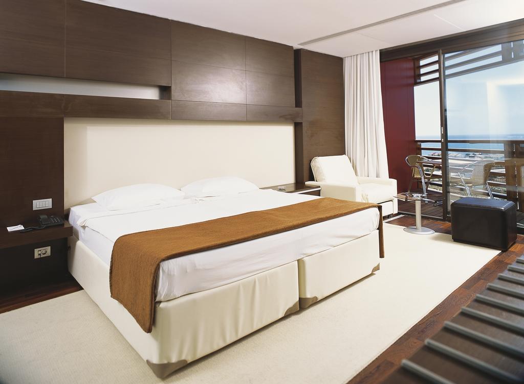 هتل کروانسرای ریزورت بدروم