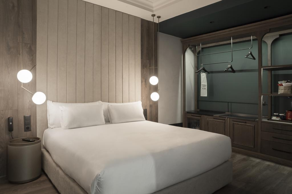 هتل آیکون ویپتون بای پتیت پالاس مادرید