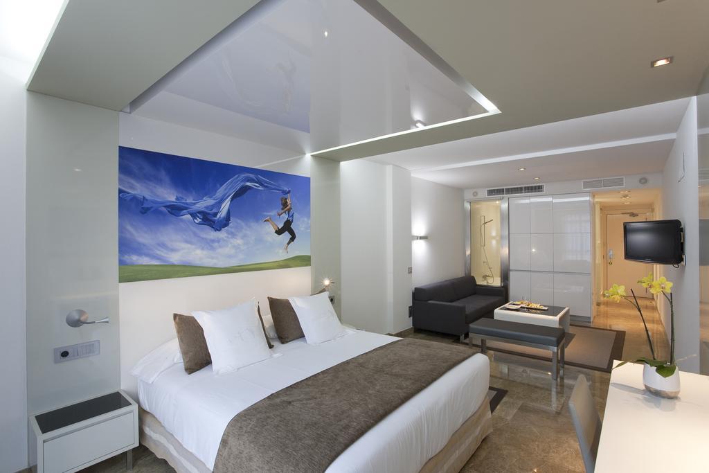 هتل وی پی ال مادرونو مادرید