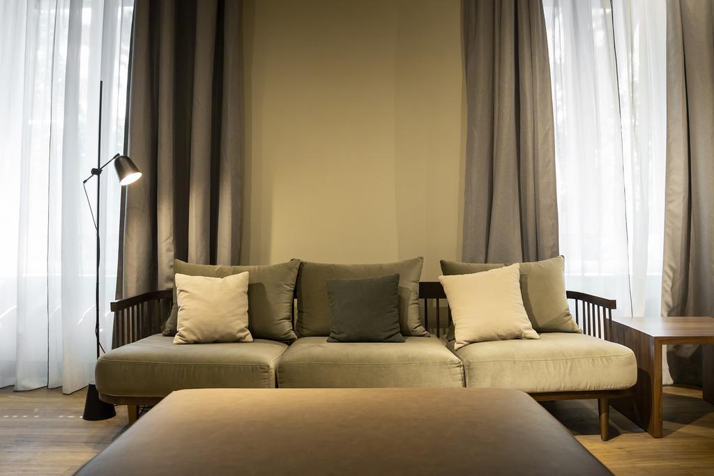 هتل آیکون امباسی بای پتیت پالاس مادرید