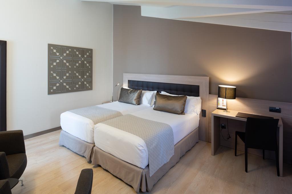 هتل کاتالونیا پلازا مایور مادرید