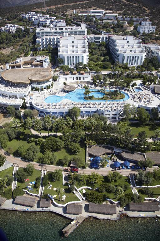 هتل هالیدی ریزورت اند اسپا بدروم