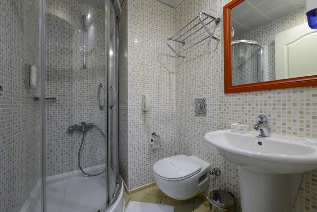 هتل کاسموپولیتن ریزورت مارماریس