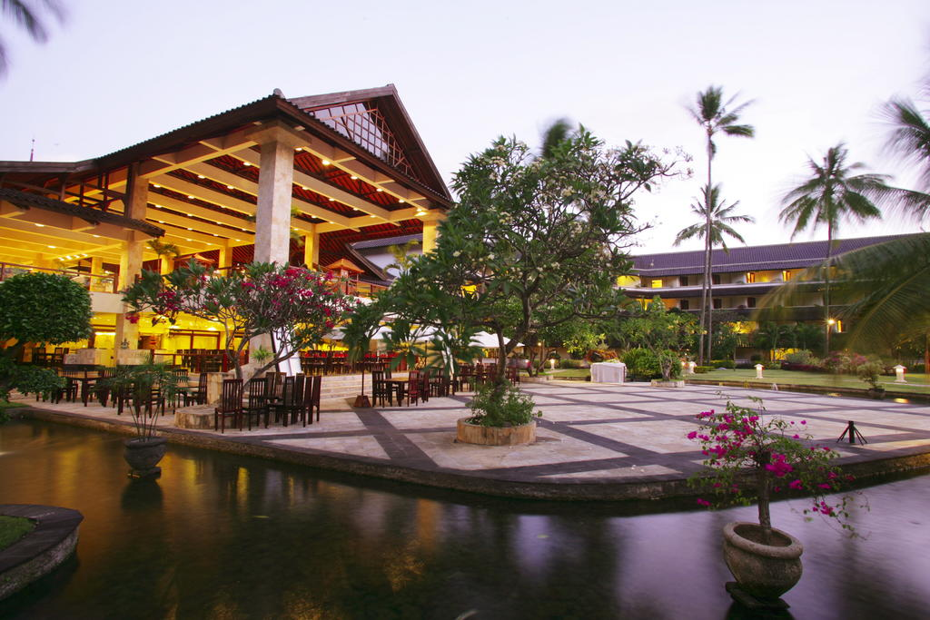 هتل دیسکاوری کارتیکا پلازا بالی