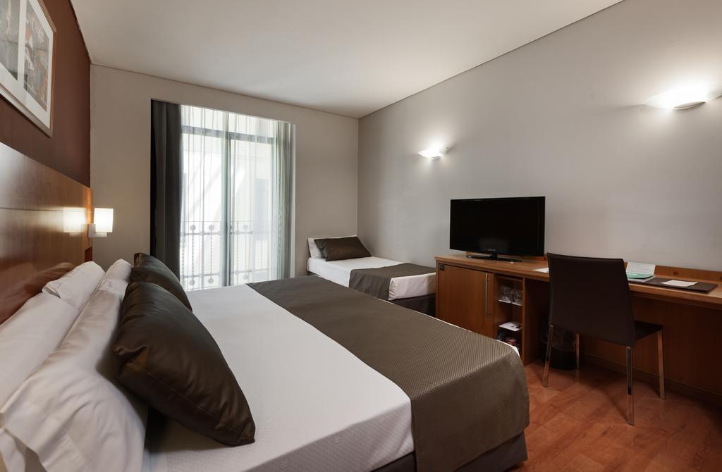 هتل کاتالونیا پورتا دل سول مادرید