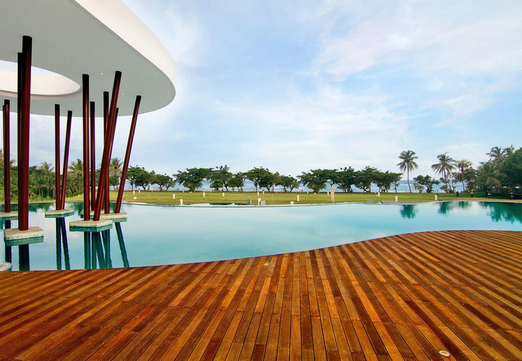 هتل اینایا پوتری بالی