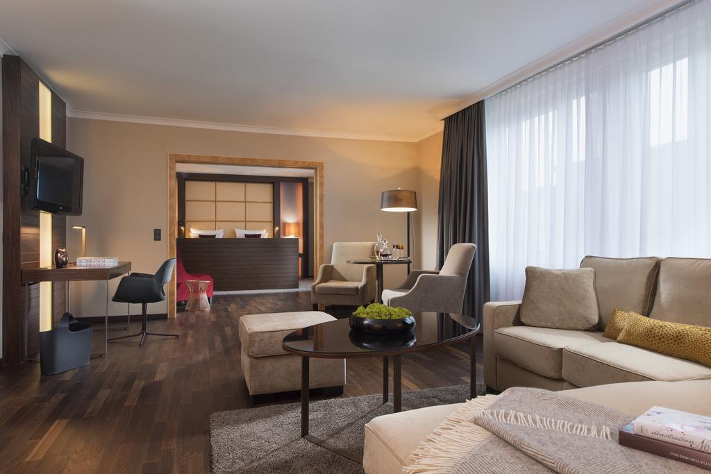 هتل پالاس برلین