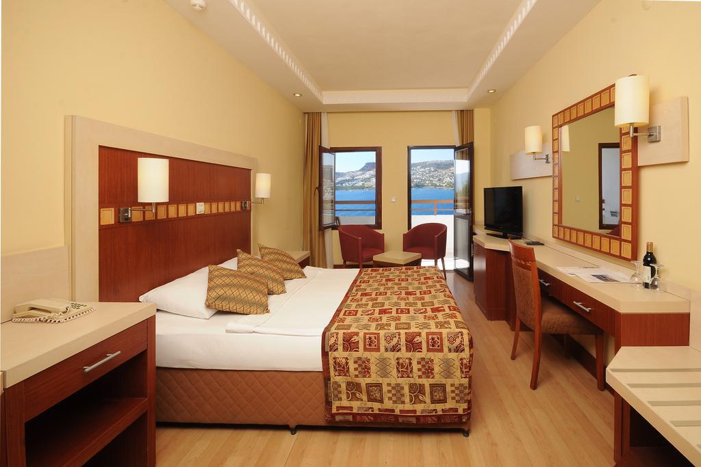 هتل گرین بیچ ریزورت بدروم