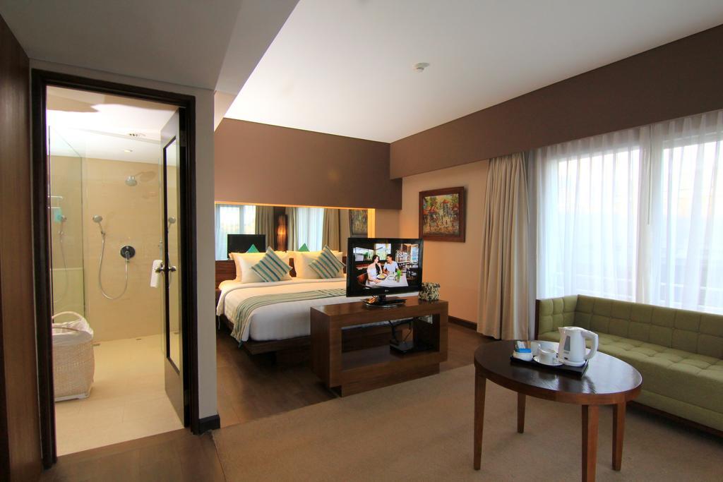 هتل گرند ایکسورا کوتا