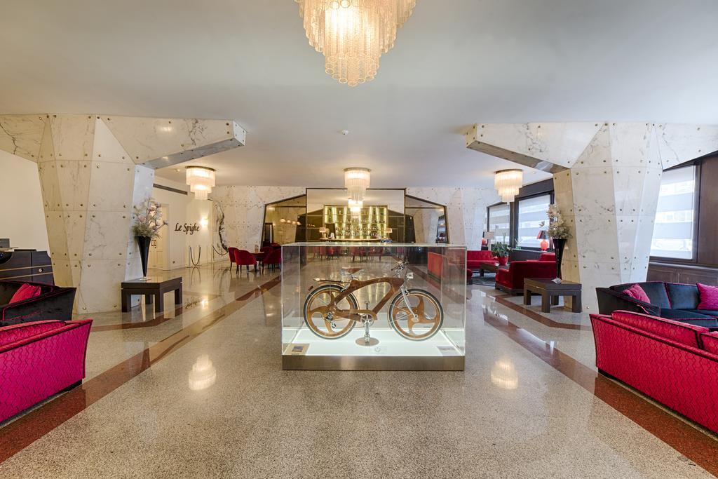 هتل پلاتینو