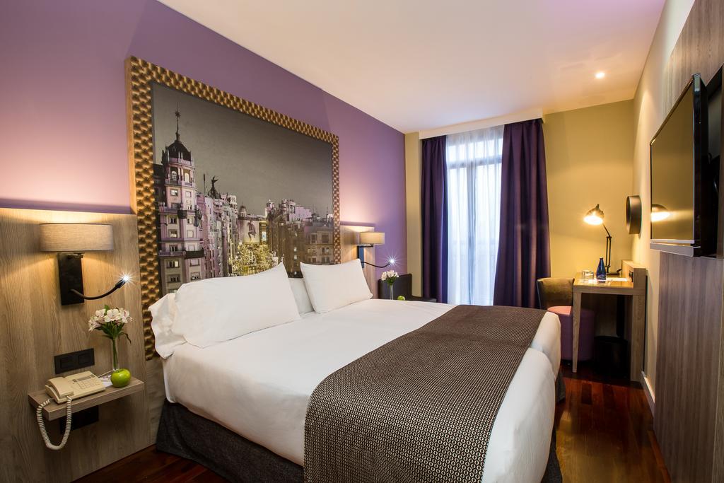 لئوناردو هتل مادرید سیتی سنتر