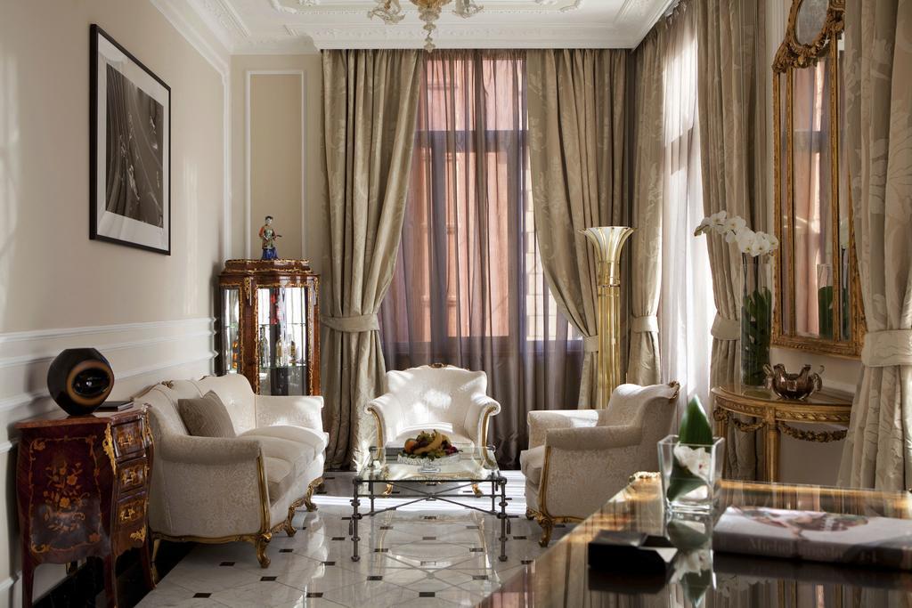 باگلیونی هتل رجینا - د لیدینگ هتلز آف در ورلد رم