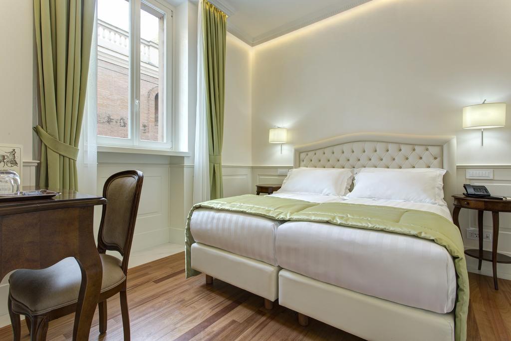 هتل دگلی آرتیستی رم