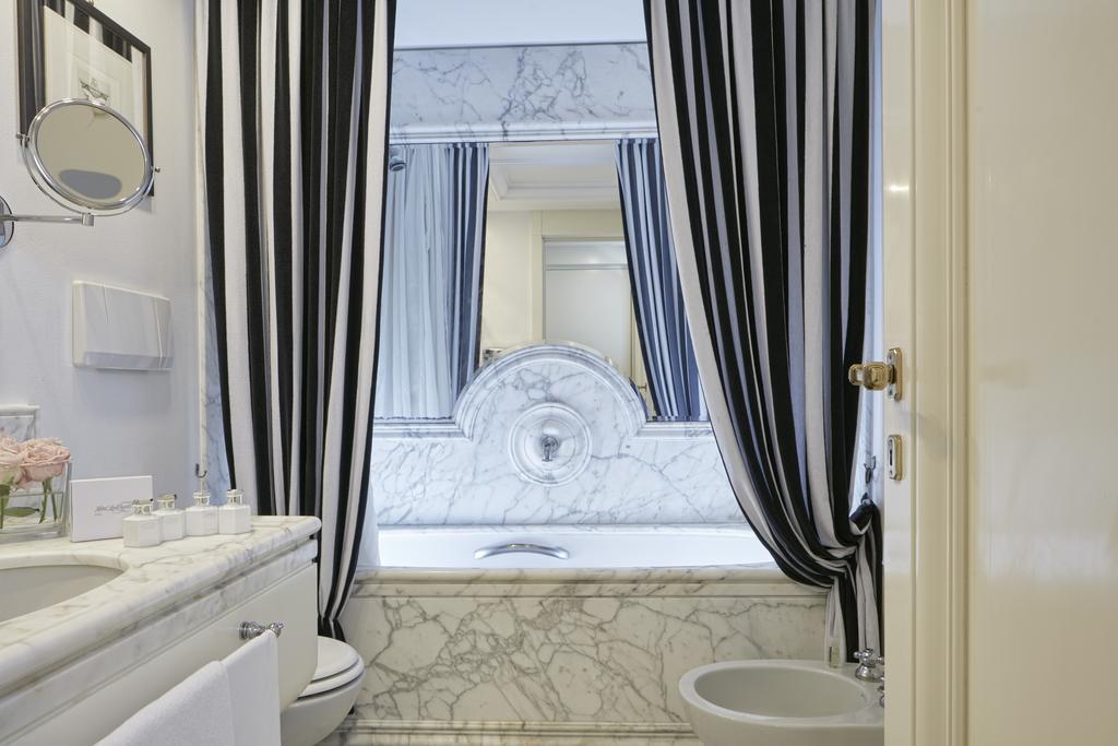 هتل لرد بایرون رم