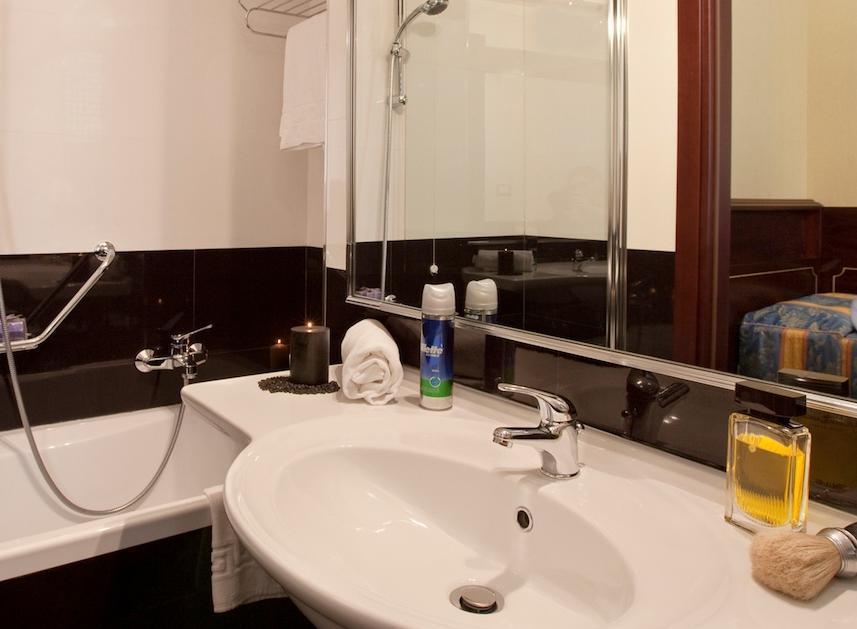 هتل موندیال رم