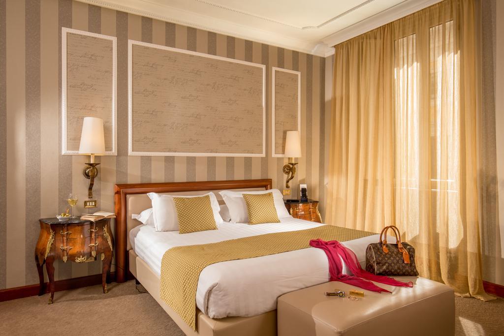 هتل ساووی رم