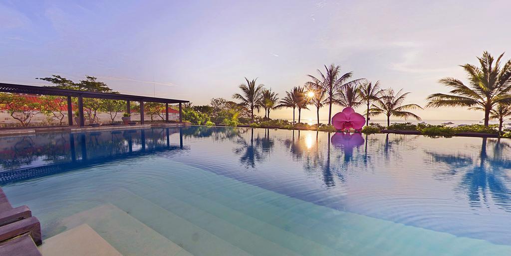 هتل فیرمونت سانور بیچ بالی