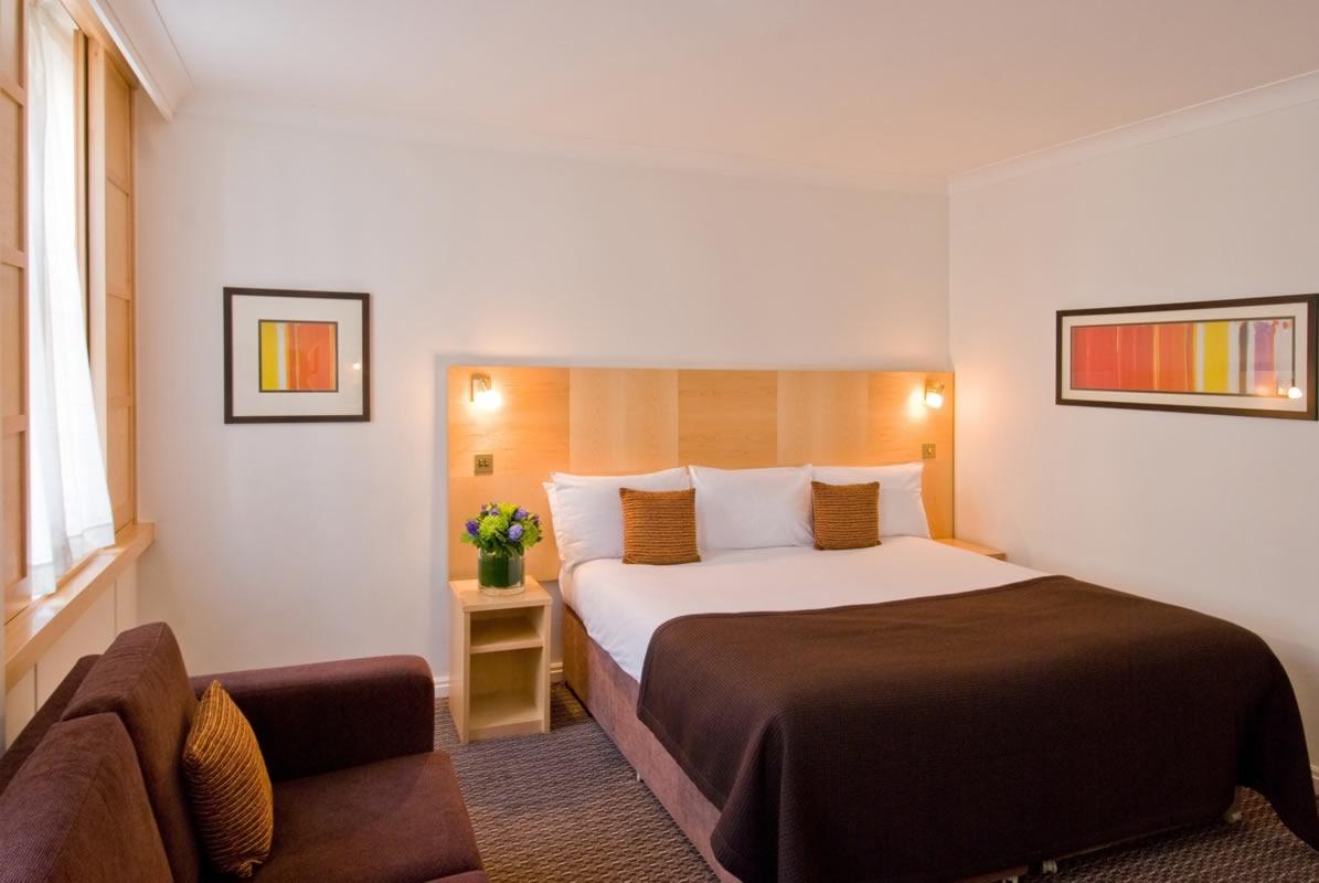 هتل لندن پالاس تفلیس