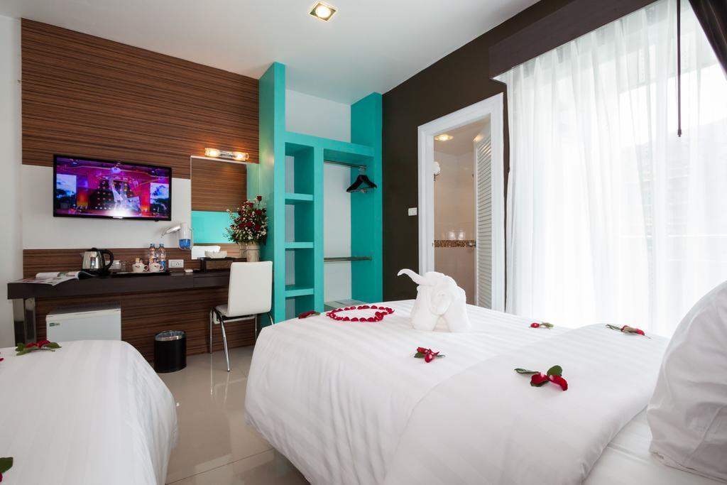 هتل پاتونگ هالیدی پوکت