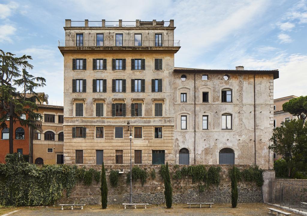 د رومز آف رم - پالازو رینوسروس