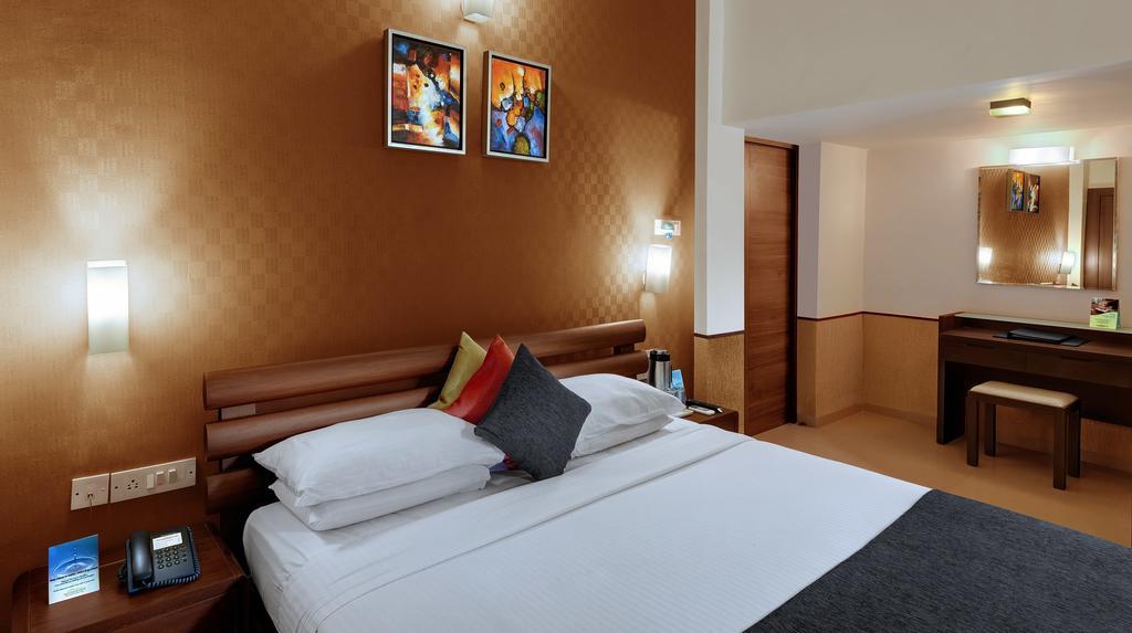 هتل سندل وود گوا