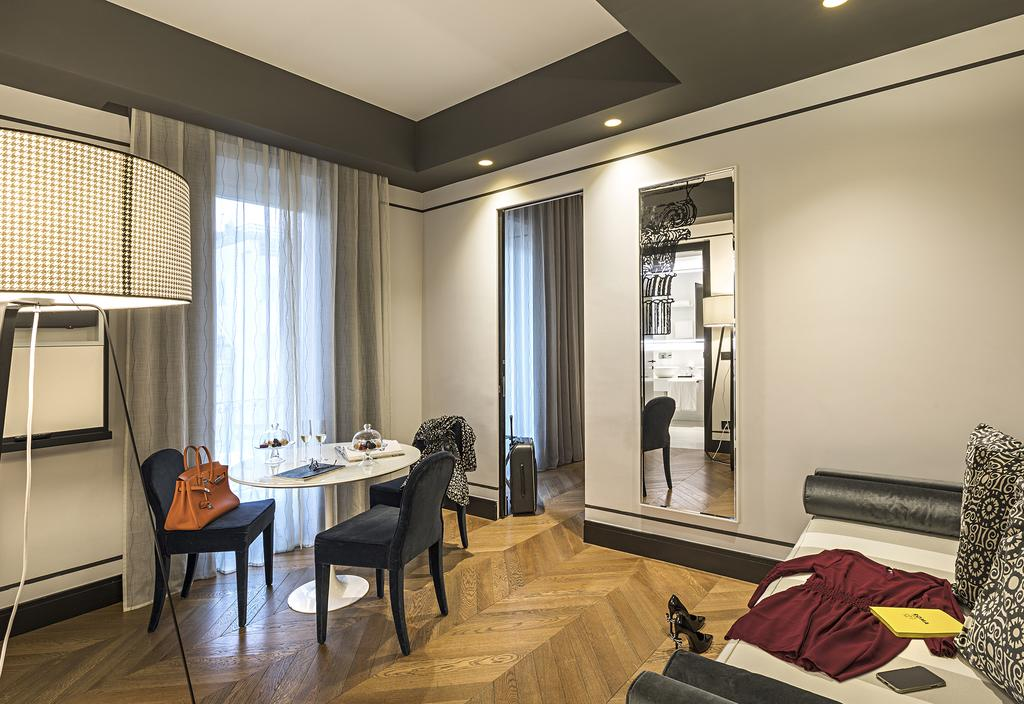 هتل کورسو 281 لوکسری سوئیتس رم