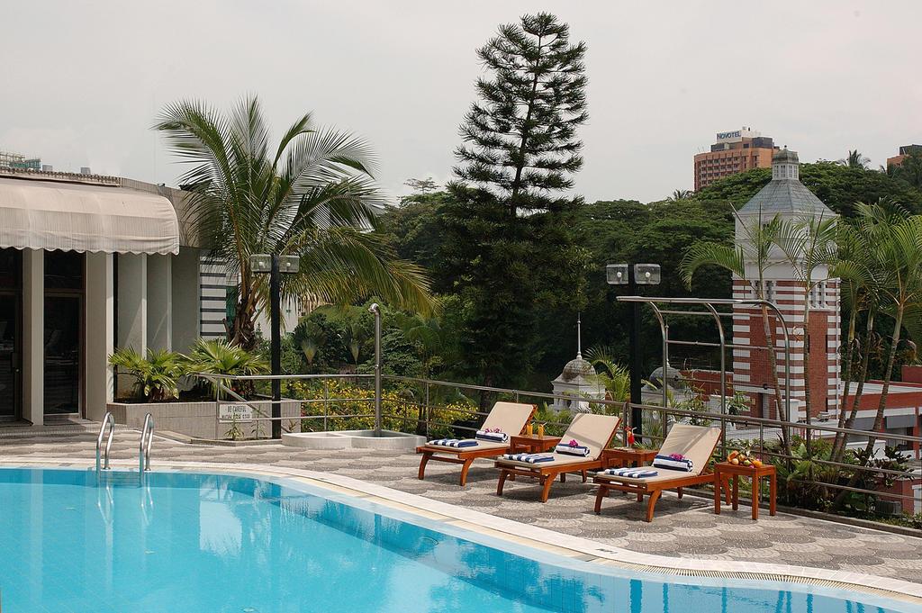هتل پنینسولا اکسلسیور سنگاپور