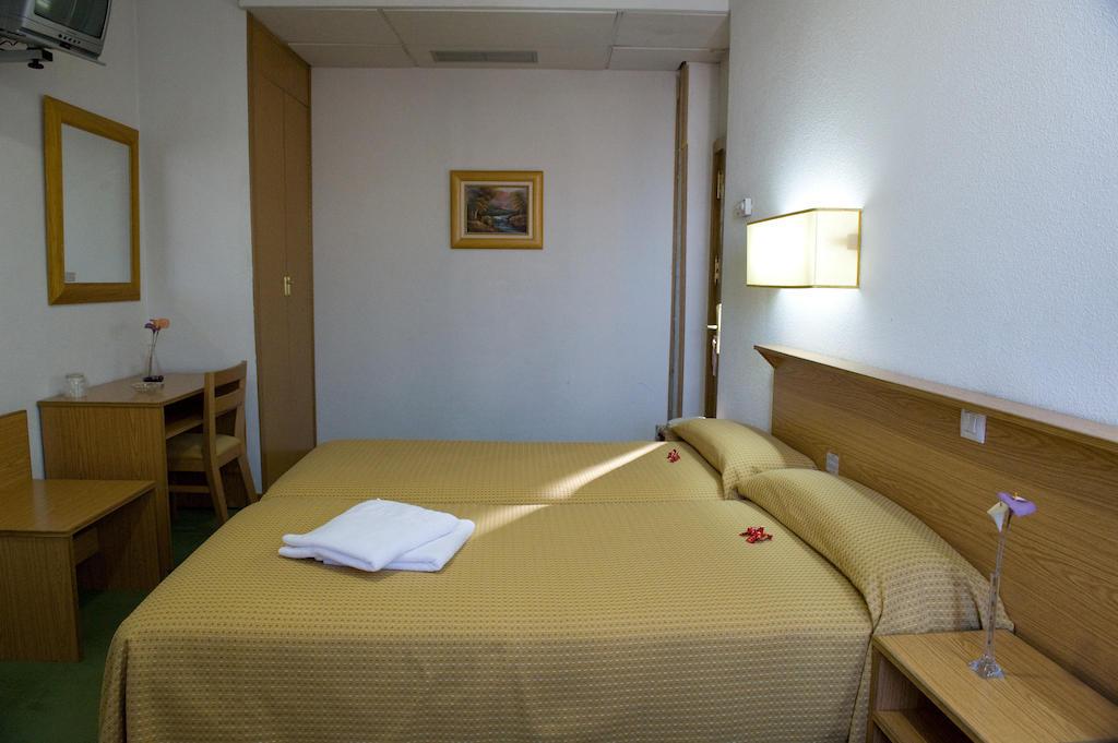 هتل مادریسول مادرید