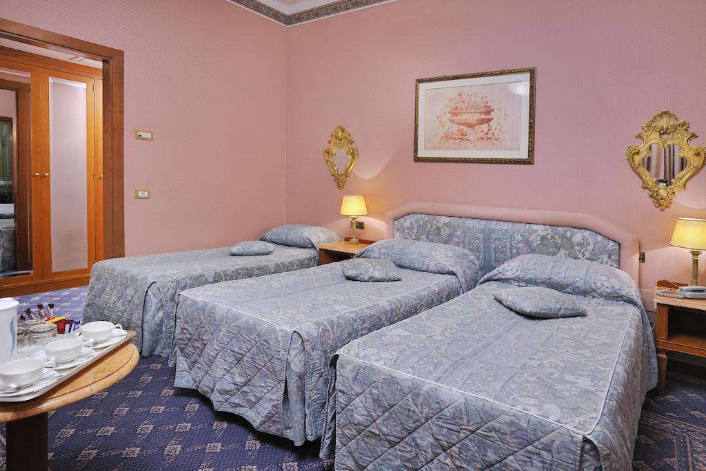 هتل مسنات پالاس رم