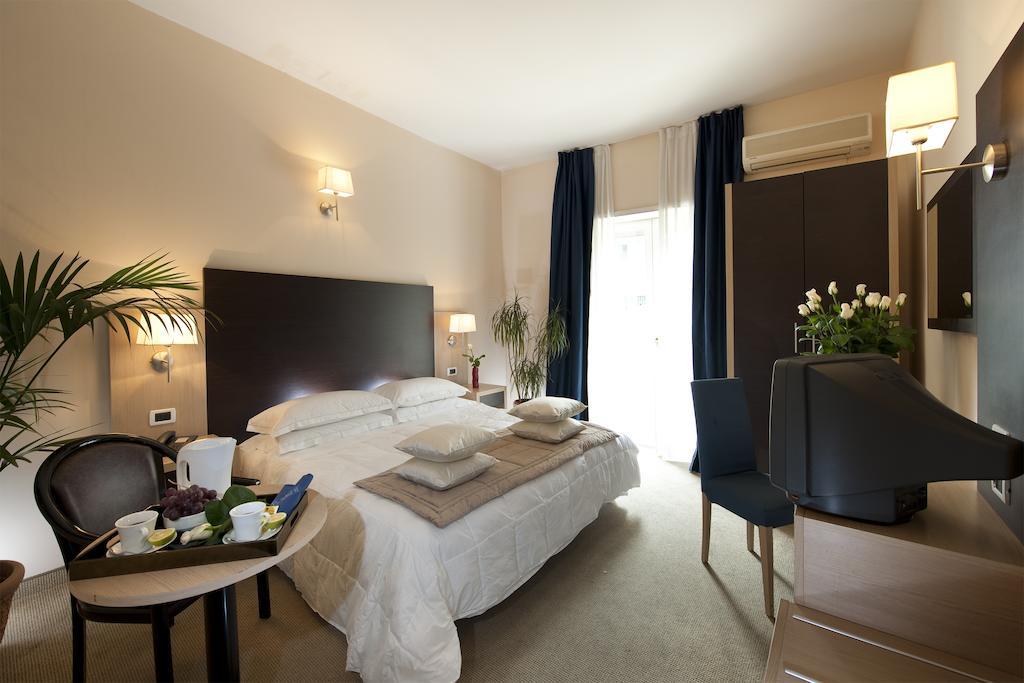 سی-هتلز کلاب هاوس رما